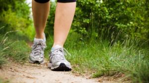 Caminar-caminando-ejercicios-dieta-585x350