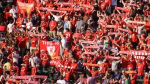 Afición_Liverpool_Indignados01