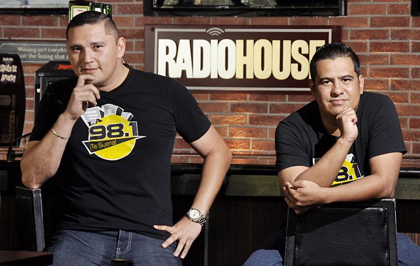 Los Etcetera - Radiohouse