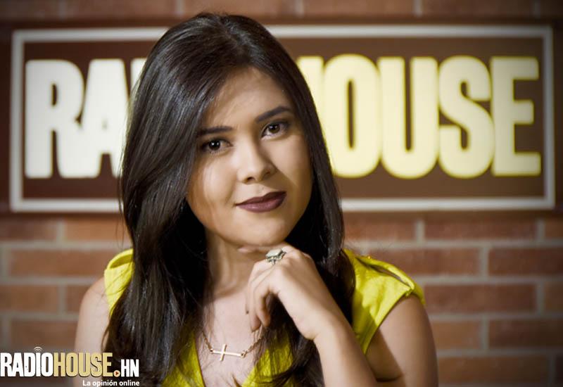 PAOLA MAZARIEGOS_RADIOHOUSE (14)