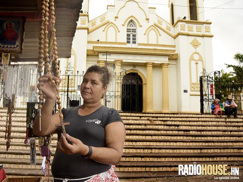 Vendedores de suyapa son el otro milagro de la morenita radiohouse - Casas rurales la morenita ...