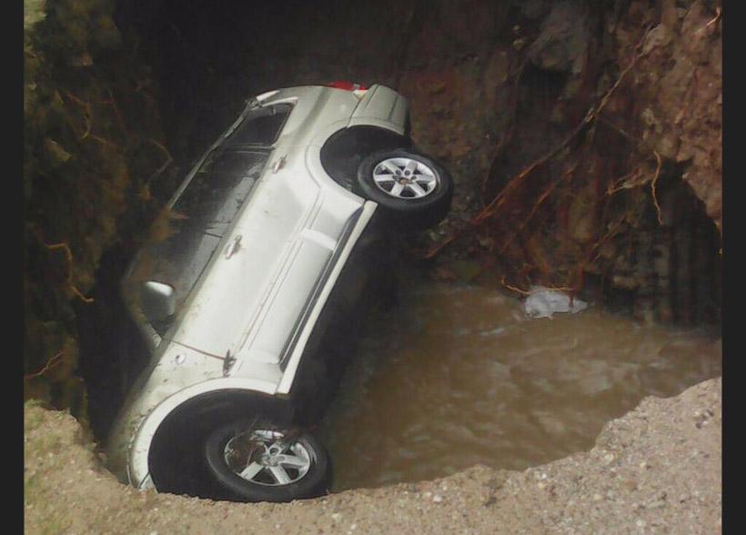 carro caido 2