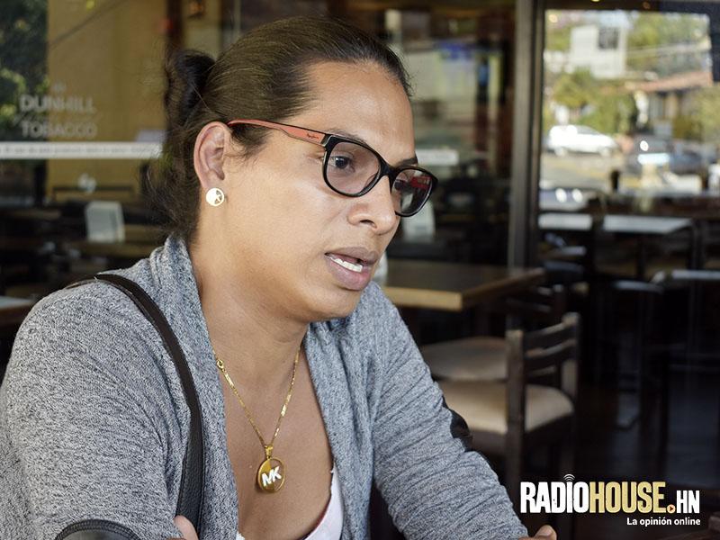 Rihanna Ferrera_RadioHouse (2)