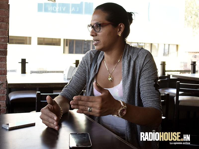 Rihanna Ferrera_RadioHouse (3)