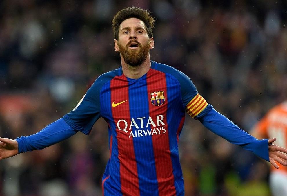 ¿Cuánto mide Reza Parastesh (doble de Messi)? - Real height Lio-Messi-990x675