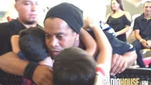 Ronaldinho-Radiohouse-2