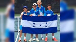 Antonio Chavez, Mario Richmagui y Diego Sosa