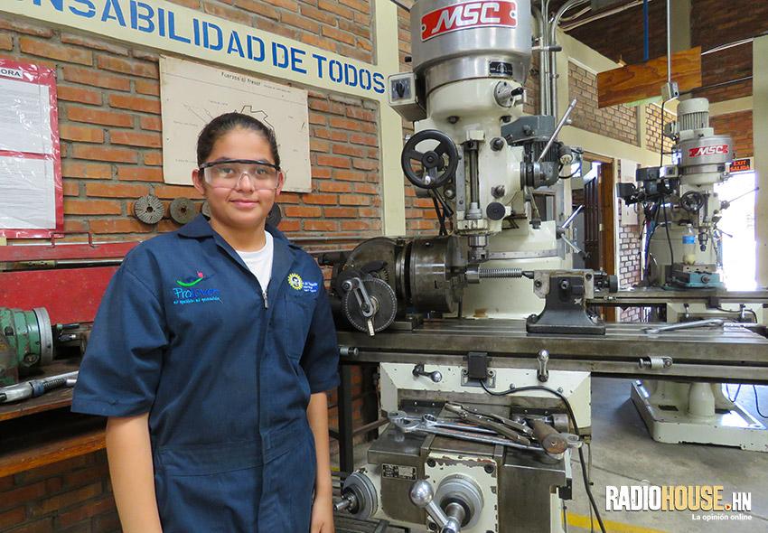 Gemelas-mecánicas_RadioHouse-2