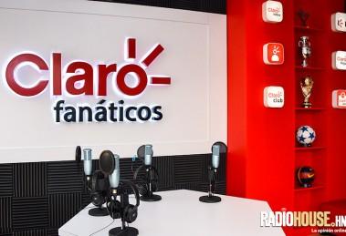 cabina-claro-fanaticos-radiohouse-9
