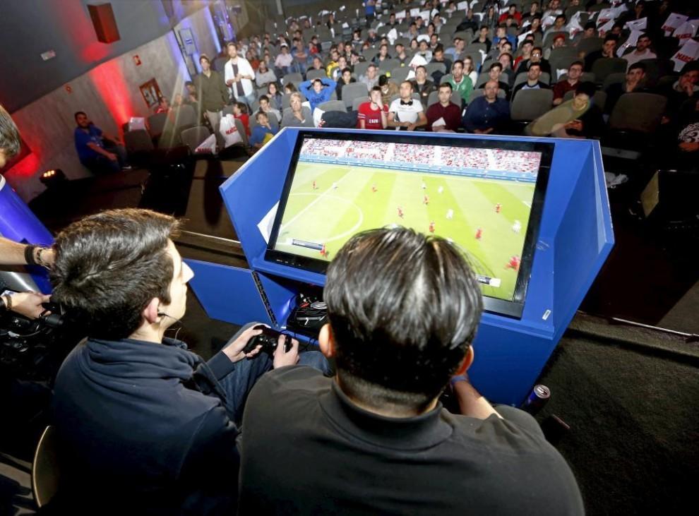 eSports_Equipo-Tenerife-990x731