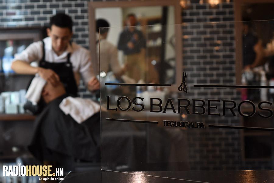 los-barberos-radiohouse-11