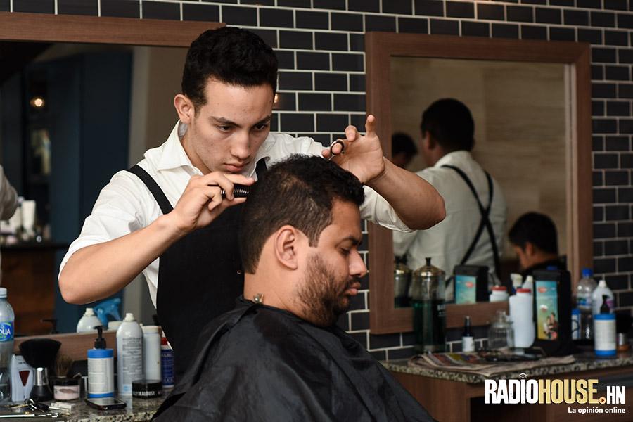 los-barberos-radiohouse-2