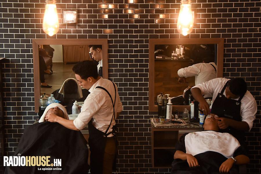 los-barberos-radiohouse-7