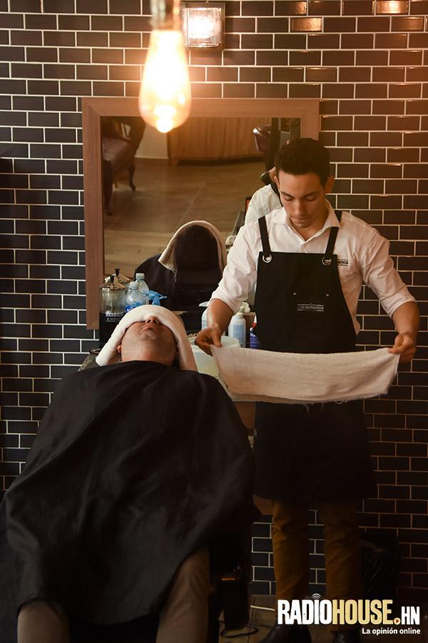 los-barberos-radiohouse-8