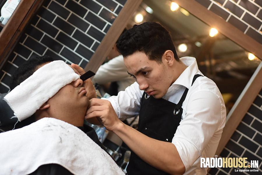 los-barberos-radiohouse-9