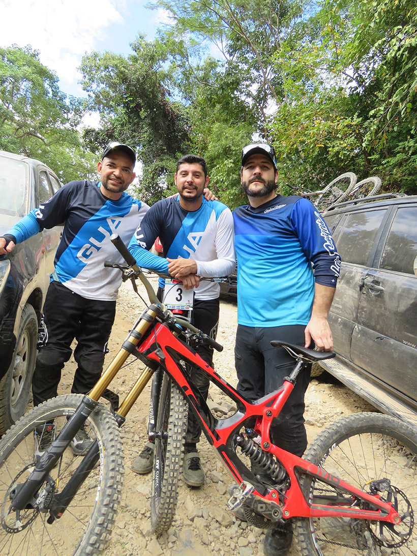 Guate-Downhill