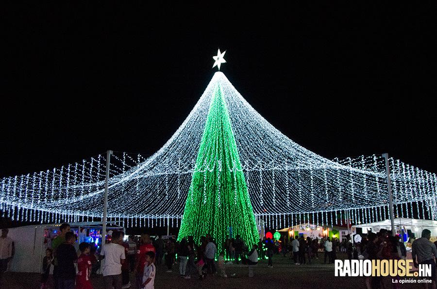 villa-navidena-2018-radiohouse-4