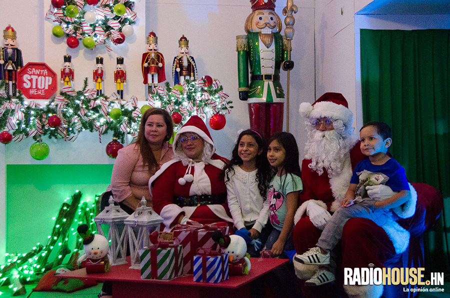 villa-navidena-2018-radiohouse-7