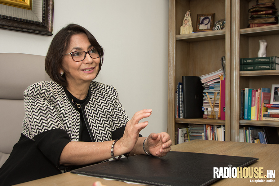 doctora-lia-bueso-radiohouse-3