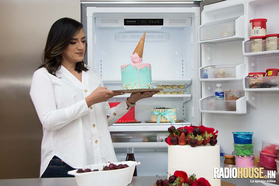 jenny-amaya-cupcakes-garden-radiohouse-5