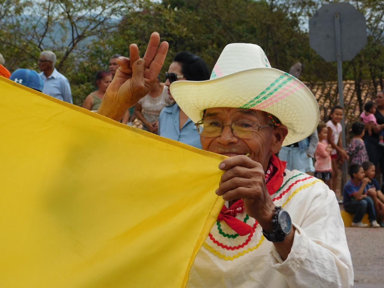 Representante del grupo de danza folclórica para mayores