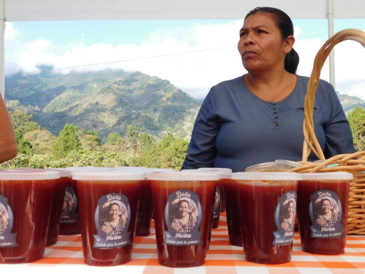 Venta de jaleas en San Juancito