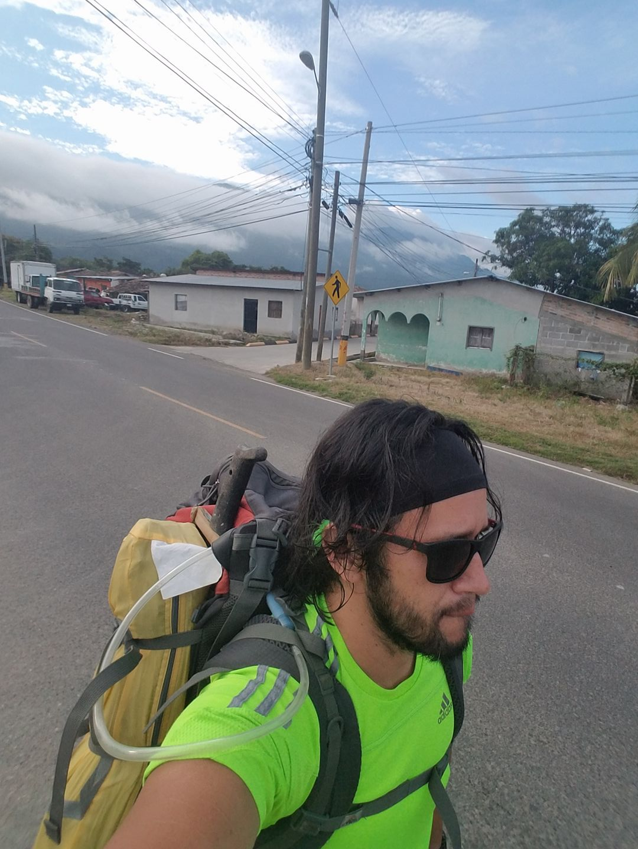 Fcaebook El Viaje de Lacho